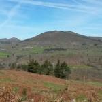 Vistas parte posterior de Monte de Lodeña, Bargaedo, Incós