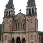Fachada Basílica Covadonga