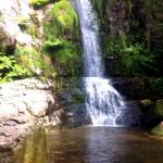 Poza de cascada de Firbia
