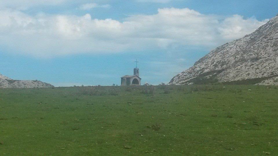 lagos-covadonga-PRIMERA-10653418_798197943545590_5667689900833187604_n